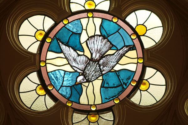 lakewood church stained glass
